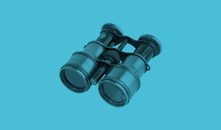 binoculars-light-blue